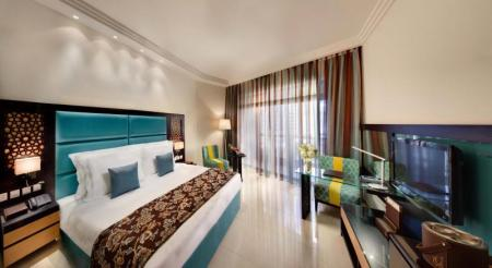 /hotely/em024/res/croppedimage1600876-The-Ajman-Palace-Deluxe-Room.jpg